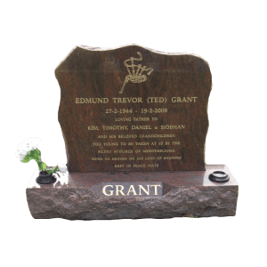 L43 Multicolour red headstone and base